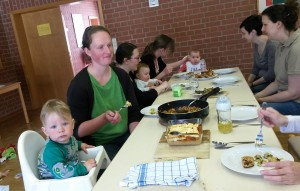 Den Kindern hat's ebenso geschmeckt wie den Müttern. (Fotos: Carmen Liebl)