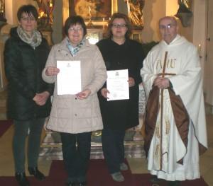 Pfarrgemeinderatssprecherin Maria Koller, Sieglinde Bauer, Claudia Döllinger und BGR Pfarrer Georg Dunst. (Foto: privat)