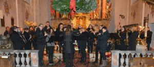 Das Symphonische Blasorchester Parsberg bei seinem Auftritt. Foto: Markus Bauer